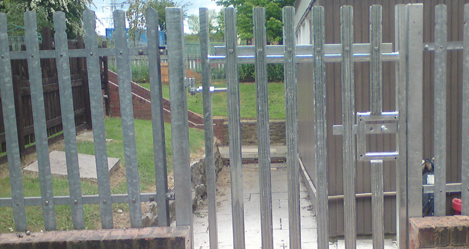 Industrial & Commercial Fencing